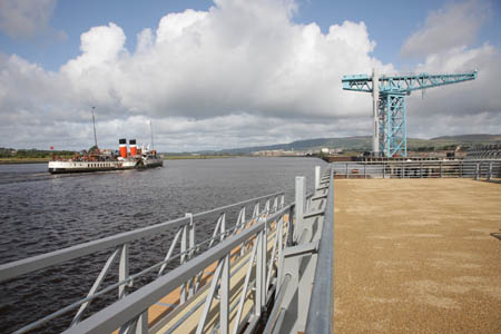 The Waverley passing the Clydebank Titan Crane
