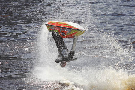 Jet ski pro entertains