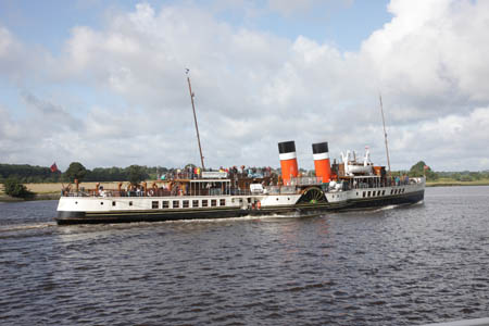 The Waverley passes Newshot Island