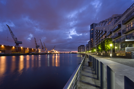 Glasgow Harbour and the Govan cranes at night